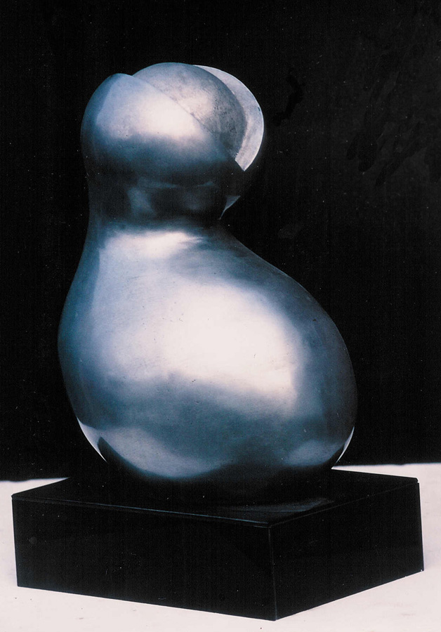 Bernard van Lierop Alpha birth sculpture
